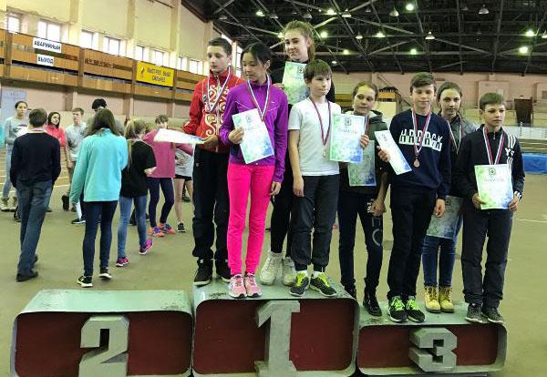 Победители первенства ДВФО в эстафете в младшей группе